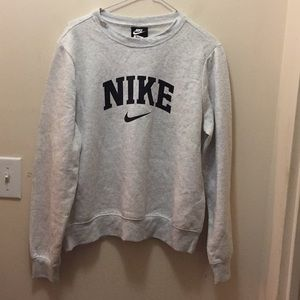 Womens Nike thermal sweater Medium